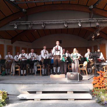 Die Trachtenkapelle Schäffern bedankt sich fürs Zuhören und freut sich schon auf das nächste Kurkonzert!